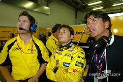 Ingénieur de course Rob Smedley, Giancarlo Fisichella et son manager Enrique Zanerini