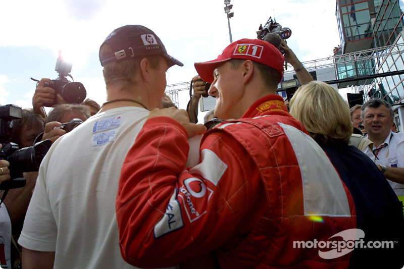 Ralf Schumacher (Williams) y Michael Schumacher (Ferrari) en Francia 2003.