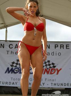 Miss Molson Indy 2003: the swimwear part