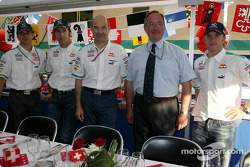 Peter Sauber, Heinz-Harald Frentzen and Nick Heidfeld with guests