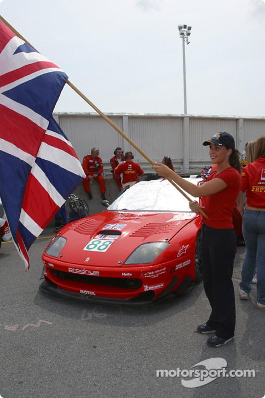 La Ferrari 550 Maranello n°88 de l'équipe Prodrive Racing