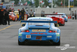 GT and GTS cars leave pitlane for qualifying