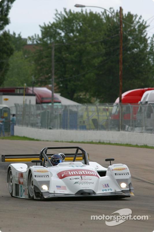 la Lola B2K/40 Nissan n°18 de l'équipe Essex Racing pilotée par Melanie Paterson, Jason Workman
