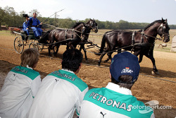 Team Sauber visit a typical Hungarian horse park: Nick Heidfeld and Heinz-Harald Frentzen