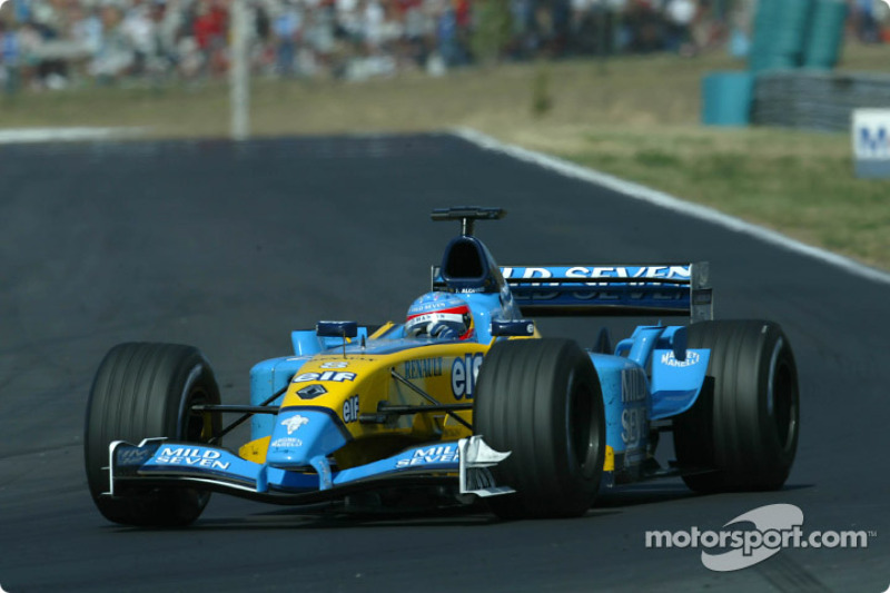 2003: Renault R23 (одна победа и четыре подиума, 4-е место в КК)