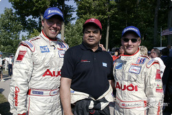 J.J. Lehto, Champion Racing team manager Dave Maraj and Johnny Herbert