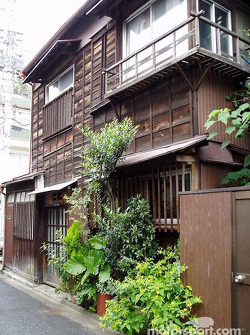 Yanaka District: the feel of pre-war Tokyo