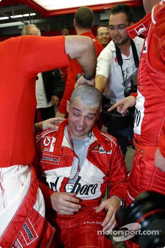 Peludas celebraciones en Ferrari