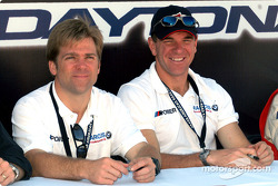 Autograph session: Brian Cunningham and Hugh Plumb
