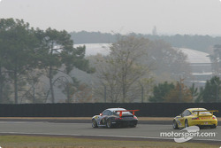 #48 Olivier Baron Porsche GT3-RS: André-Alain Corbel, Denis Cohignac, Bruno Houzelot, and #38 PK Sport Ltd Porsche GT3-RS: Robin Liddell, Jean-Philippe Belloc