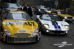 Fords go three wide in New York: Matt Kenseth returns to the Waldorf after taking his new GT40 for a spin around the block, Kenseth is surrounded by his Cup car and a Ford New York taxi