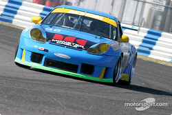 #66 The Racers Group Porsche GT3 RS: Kevin Buckler, Timo Bernhard, Jorg Bergmeister, Patrick Long