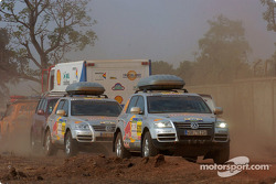 Volkswagen Motorsport assistance vehicles
