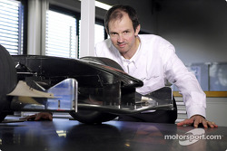 Rene Hilhorst, Head of Aerodynamics, presents a windtunnel model