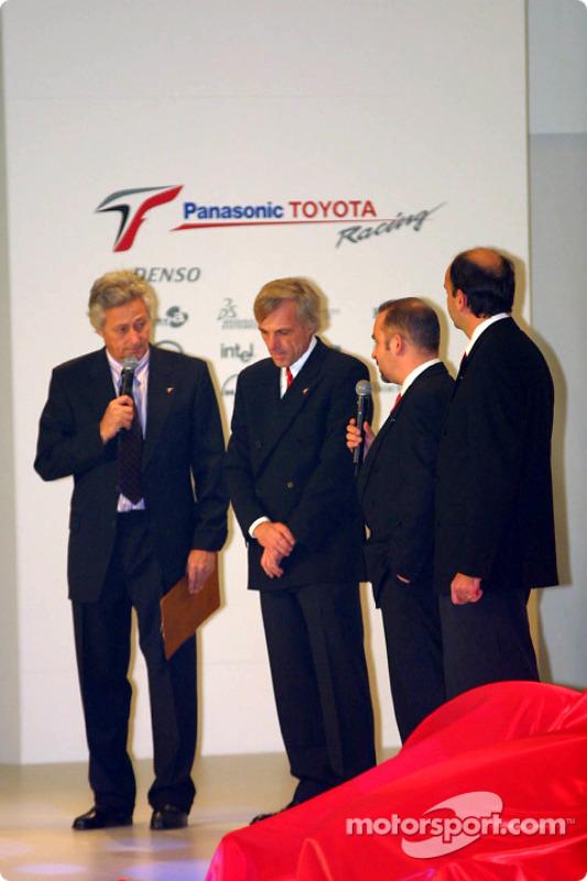 Gustav Brunner, Mike Gascoyne et Luca Marmorini