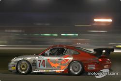 #74 Flying Lizard Motorsports Porsche GT3 Cup: Johannes van Overbeek, Seth Neiman, Lonnie Pechnik, Peter Cunningham