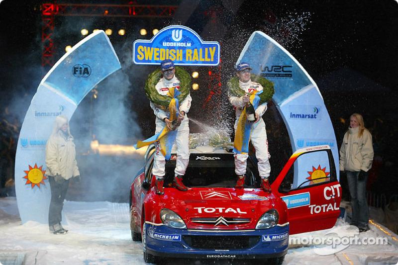 Champagne pour Sébastien Loeb et Daniel Elena