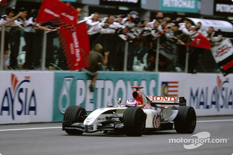 Tercer lugar final para Jenson Button