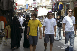 Renault drivers visit Bahrain: Jarno Trulli, Fernando Alonso and Franck Montagny