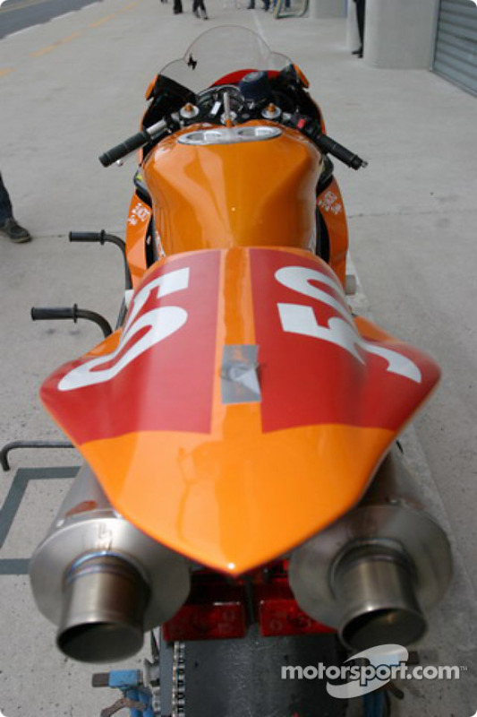 La Yamaha R1 du Nantes Défi Moto Mecamoto Racing