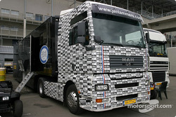 Le camion de Racing for Holland
