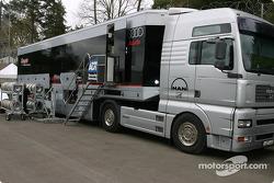 Le camion du Champion Racing