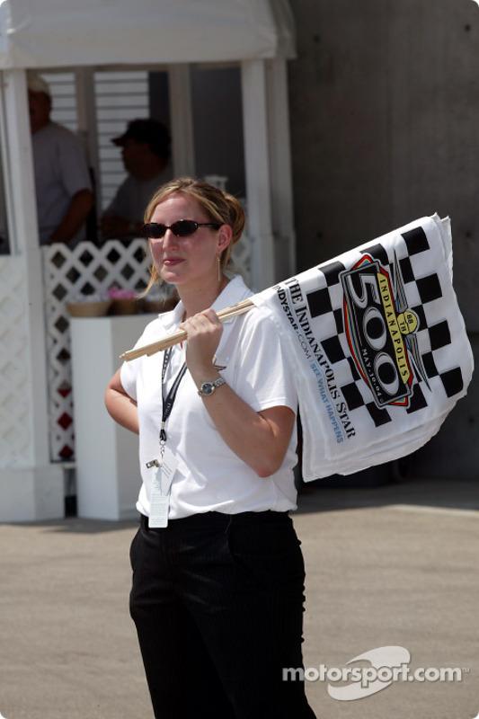 Un membre du staff de l'Indianapolis Motor Speedway