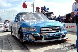 Des dégâts sur le truck de David Reutimann