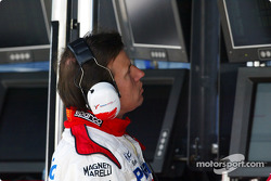 Olivier Panis at Toyota pitwall