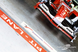 Toyota F1 in garage