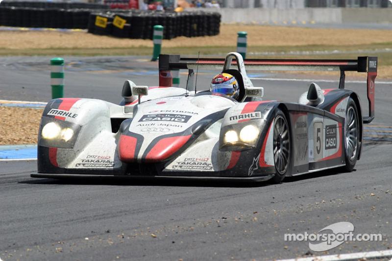 2004 - Audi R8 : Seiji Ara, Rinaldo Capello, Tom Kristensen