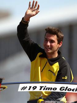 Desfile de pilotos Timo Glock