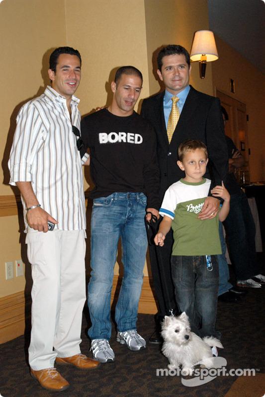 Helio Castroneves, Tony Kanaan and dog Lucky, Gil and Luke De Ferran