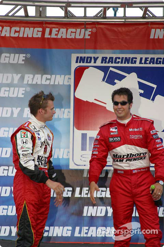 Dan Wheldon et Sam Hornish Jr.