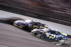 Brian Vickers and Kurt Busch fight for position late in the race