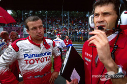 Olivier Panis and René Decorzent on the starting grid