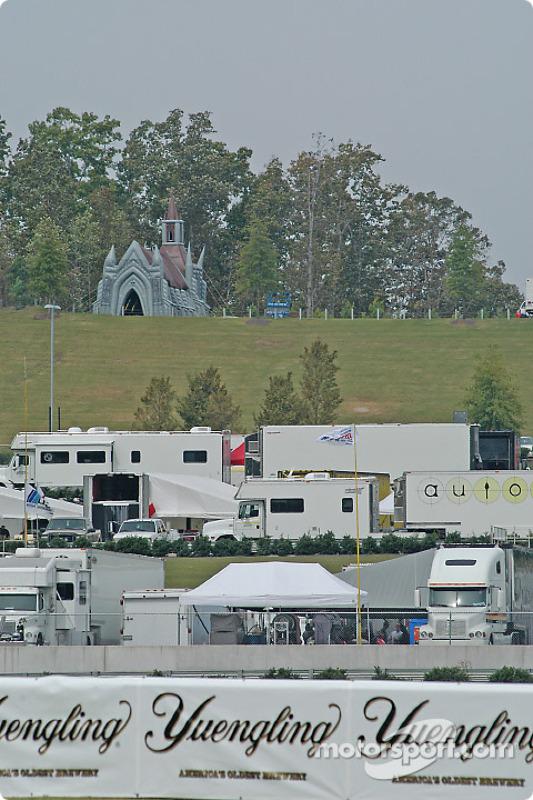 Une vue du paddock au Barber Motorsports Park