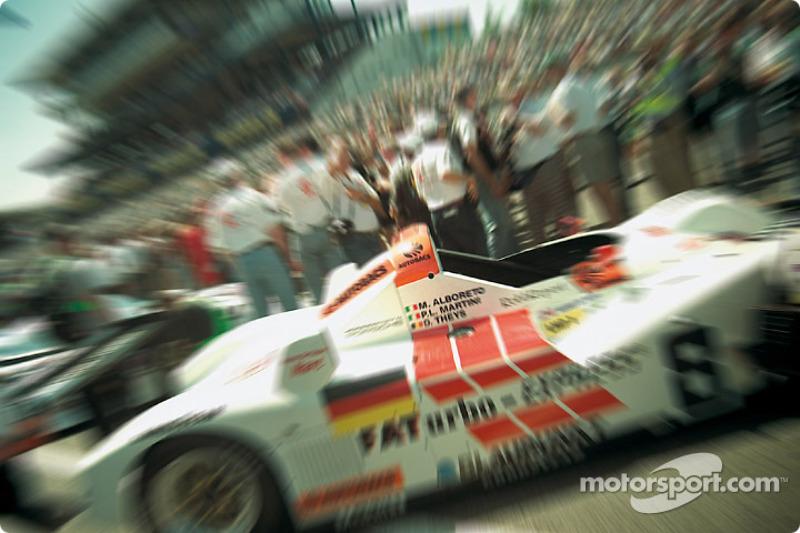 Joest Porsche on the pre grid