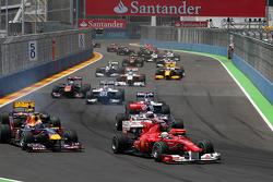 Felipe Massa, Scuderia Ferrari rijdt voor Mark Webber, Red Bull Racing
