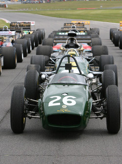 Lotus F1 grid formation