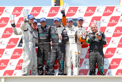 Podium: race winners Michael Bartels and Andrea Bertolini, second place Michael Krumm and Peter Dumbreck, third place Altfrid Heger and Alexandros Margaritis
