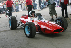 1964 Ferrari 158: John Surtees