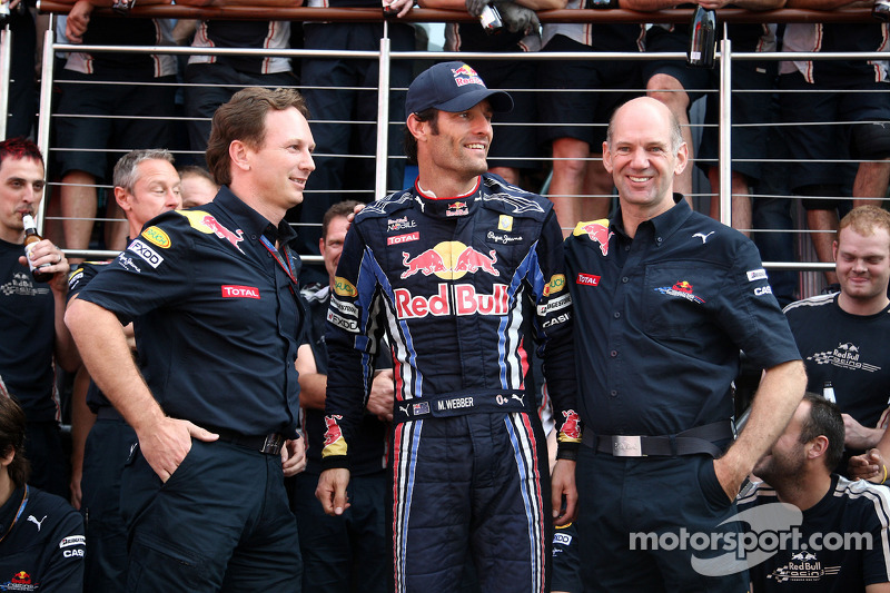 Red Bull Racing team viert zege Mark Webber, Red Bull Racing, Mark Webber, Red Bull Racing, Christia