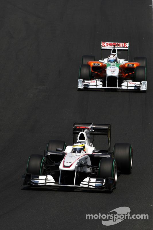 Pedro de la Rosa, BMW Sauber F1 Team voor Sebastian Vettel, Red Bull Racing