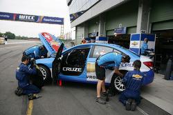 Alain Menu Chevrolet, Chevrolet Cruze LT