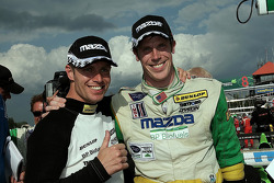 Race winnaars Guy Smith en Chris Dyson