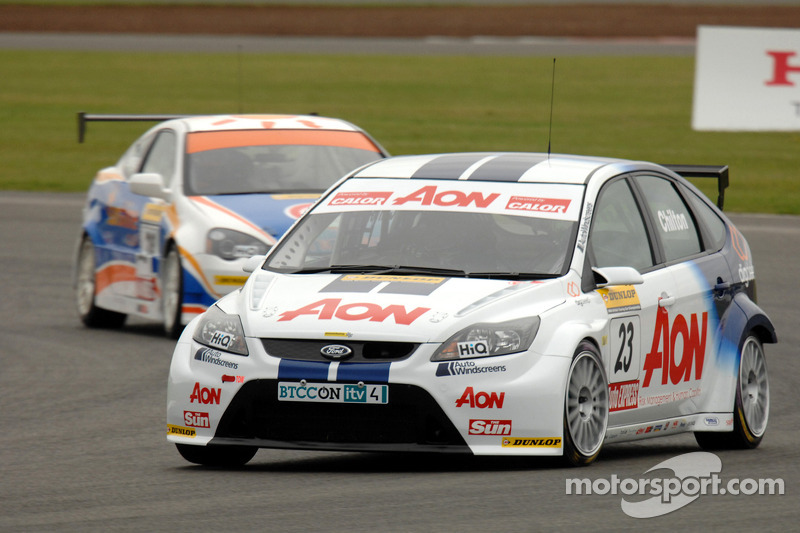 Tom Chilton devance John George