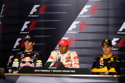 Conférence de presse d'après-course : le vainqueur Lewis Hamilton, le second Mark Webber et le troisième, Robert Kubica