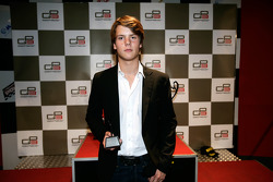 Adrien Tambay receives his award