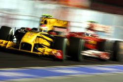 Vitaly Petrov, Renault F1 Team, Fernando Alonso, Scuderia Ferrari